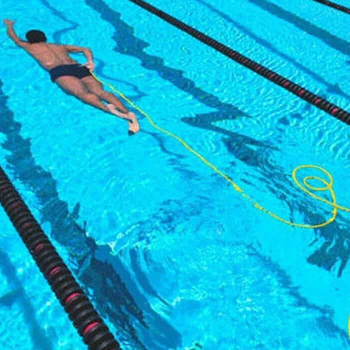 Izboljša plavalno moč in tehnike plavanja image